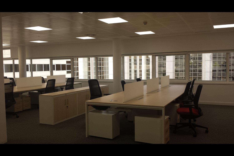 Pablo barone oficinas caser seguros madrid sede juli n for Oficinas envialia madrid