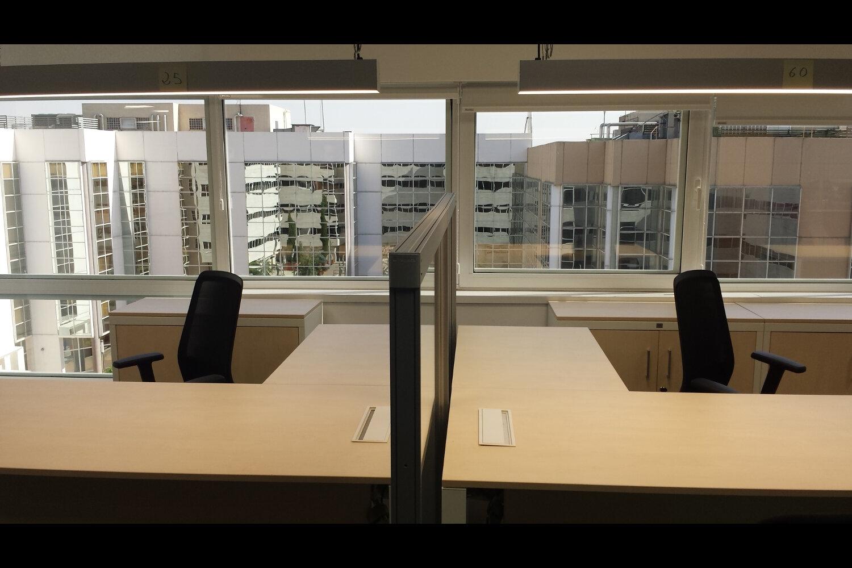 Pablo barone oficinas caser seguros madrid sede juli n for Oficinas caixa sevilla